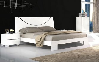 Nolan 4 Piece Queen Bedroom Suite