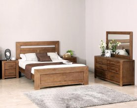 Paim 5 Piece Queen Dresser Bedroom Suite